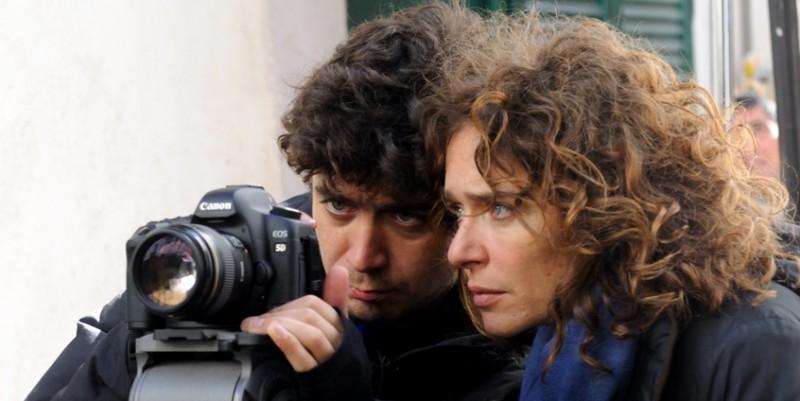 Riccardo Scamarcio e Valeria Golino sul set del corto Armandino e il Madre