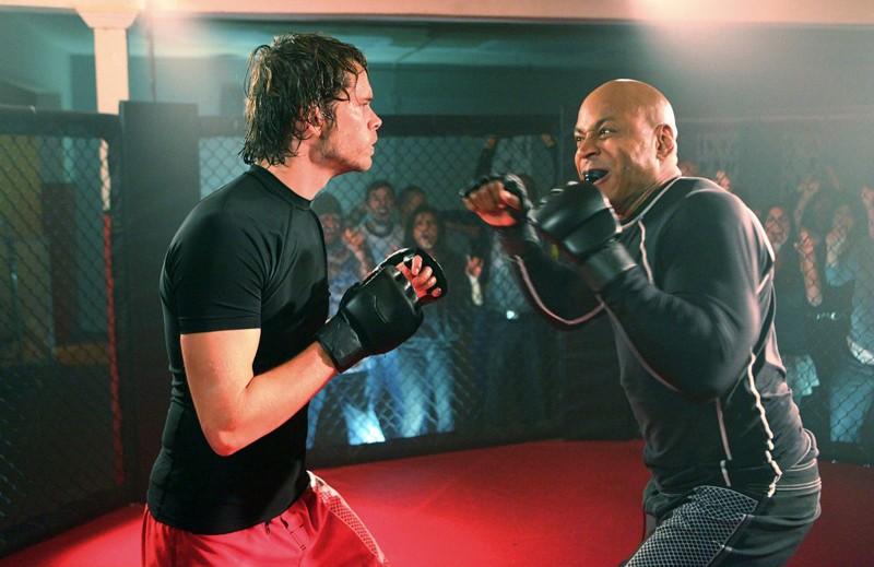 Sam (LL Cool J) sotto copertura nell'episodio Hand-to-Hand di NCIS: Los Angeles