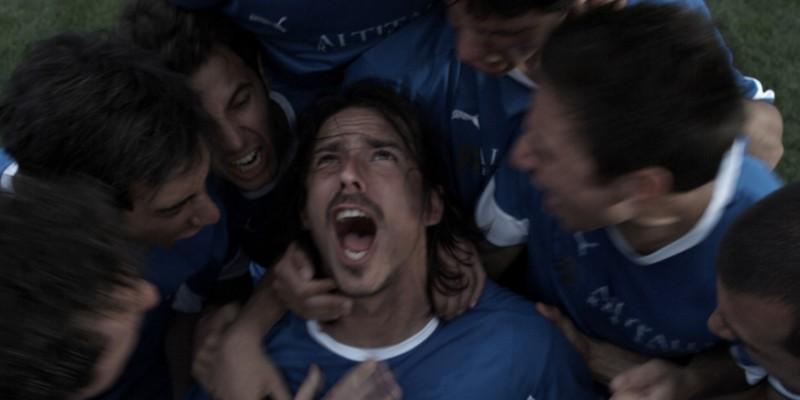 Gianluca Sacchi in una scena del film Backward