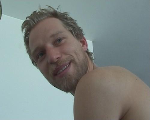 Il ballerino Andreas Merk nel documentario I Shot My Love