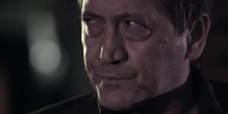 Tony Sperandeo in una scena del film Backward