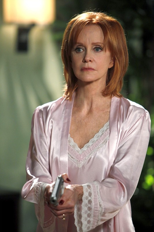 Laura Turner (guest star Swoosie Kurtz) nell'episodio Chuck Versus the Role Models