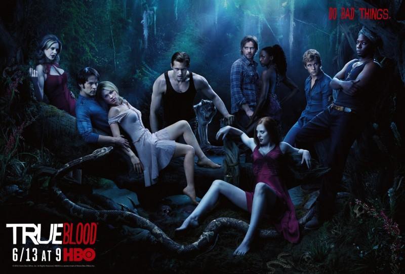 Poster promozionale con sviluppo orizzontale con il cast della stagione 3 di True Blood