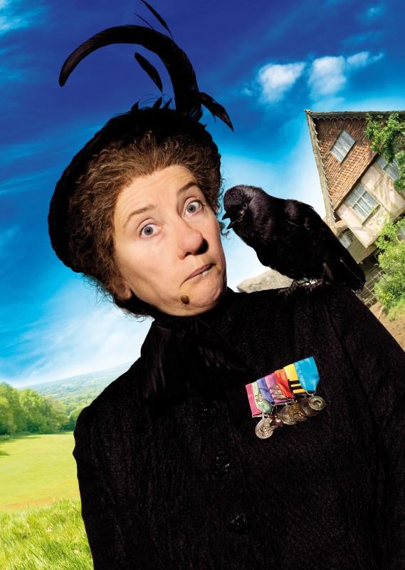Emma Thompson in un'immagine promozionale del film Tata Matilda e il grande botto