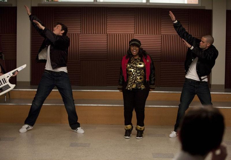 Glee: Cory Monteith, Amber Riley e Mark Salling nell'episodio Funk