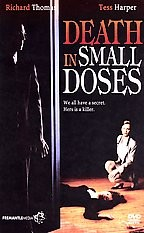 La locandina di Death in Small Doses