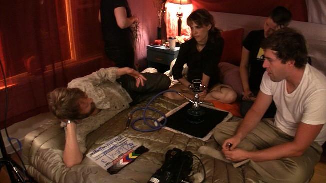 Mark Duplass, Joshua Leonard, Alycia Delmore e Lynn Shelton sul set del film Humpday