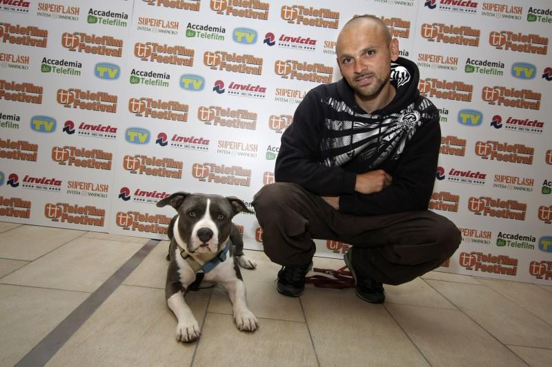 L'addestratore Simone Della Valle, ospite del Telefilm Festival 2010 con Shaka