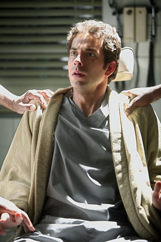 Zachary Levi in una sequenza dell'episodio Chuck Versus the Tooth