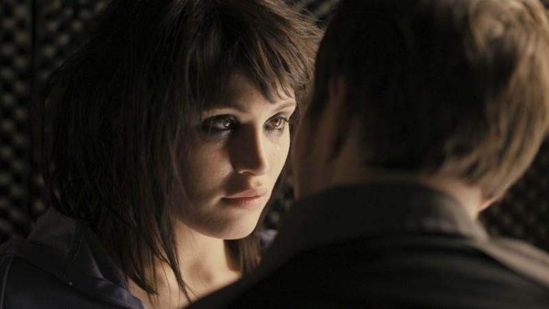 Alice Creed (Gemma Arterton) e Danny (Martin Compston) nel film The Disappearance of Alice Creed