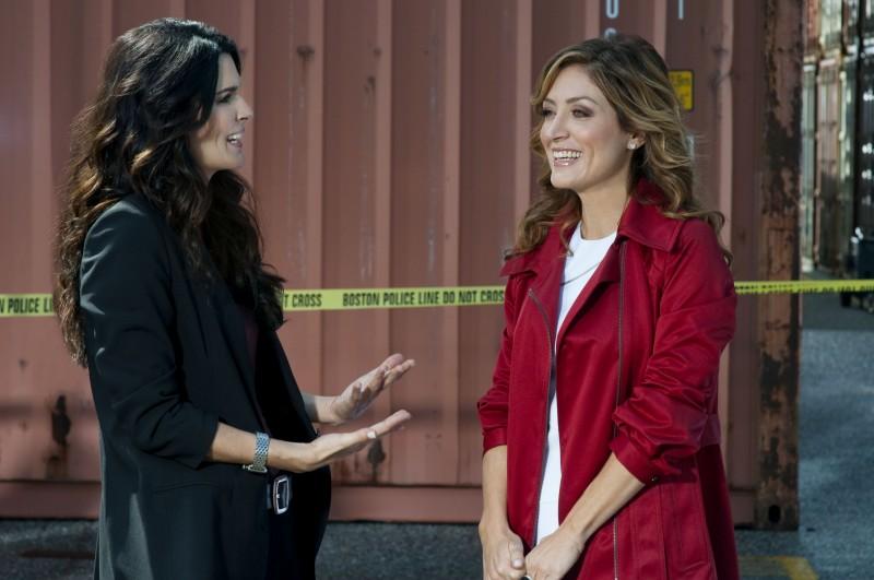 Angie Harmon e Sasha Alexander nella serie Rizzoli & Isles