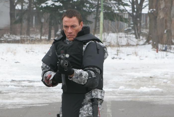 Jean-Claude Van Damme nel film Universal Soldier: Regeneration