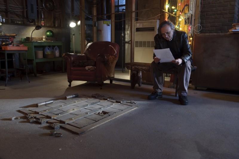 Joe Dante organizza il set per il suo film The Hole in 3D