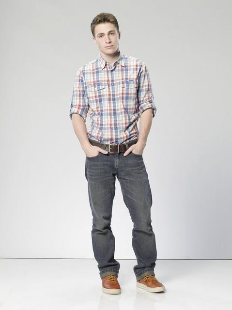 The Gates: Colton Haynes è Brett Crezski in una foto promozionale della serie