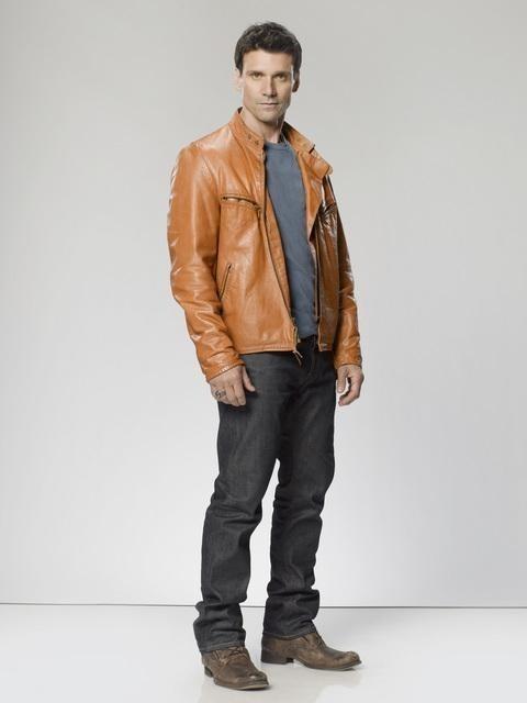 The Gates: Frank Grillo è Nick Monohan in una foto promozionale della serie