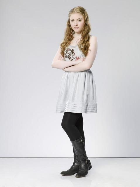 The Gates: Skyler Samuels è Andie Bates in una immagine promozionale della serie
