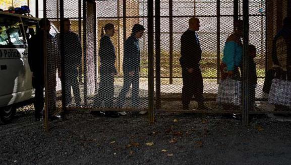 Un'immagine del film Illegal