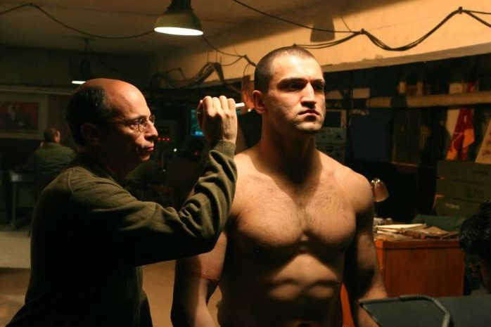 Andrei Arlovski  in una sequenza del film Universal Soldier: Regeneration