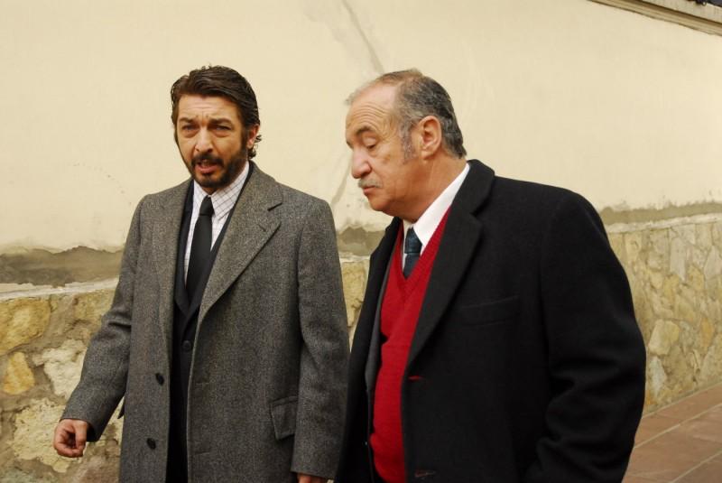 Ricardo Darín e José Luis Gioia nel film Il segreto dei suoi occhi