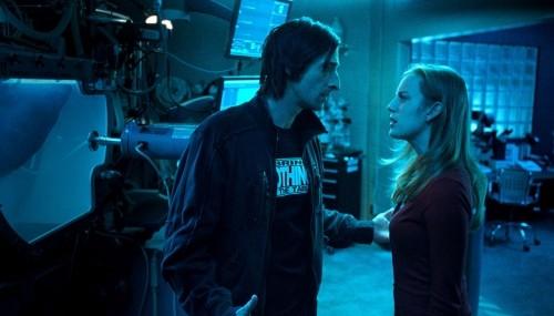 Adrien Brody e Sarah Polley nel film Splice