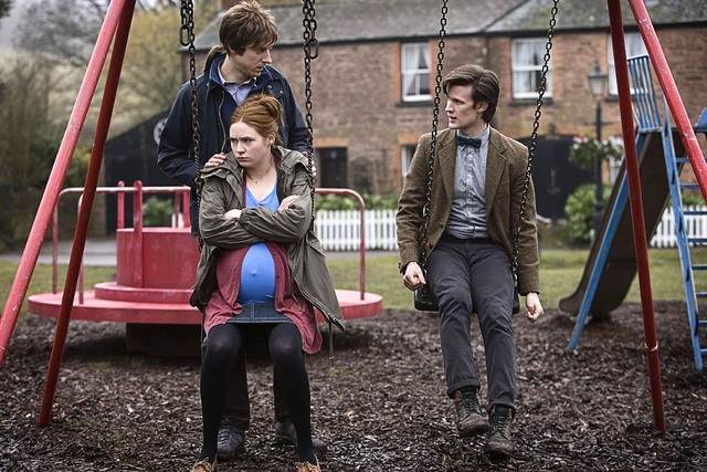 Arthur Darvill, Matt Smith e Karen Gillan in una scena dell'episodio Amy's Choice di Doctor Who