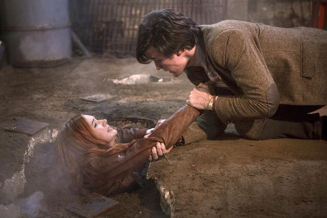 Karen Gillan e Matt Smith in una scena dell'episodio Cold Blood di Doctor Who
