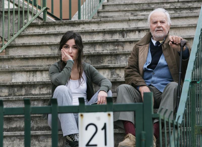 Sabrina Impacciatore con Gabriele Ferzetti nel film 18 anni dopo