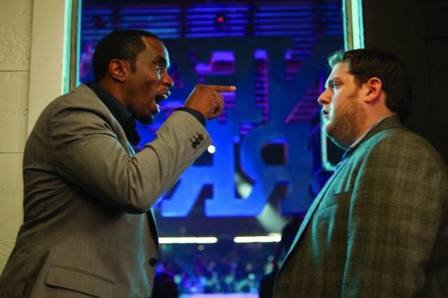 Sean Combs e Jonah Hill in un'immagine della commedia Get Him to the Greek