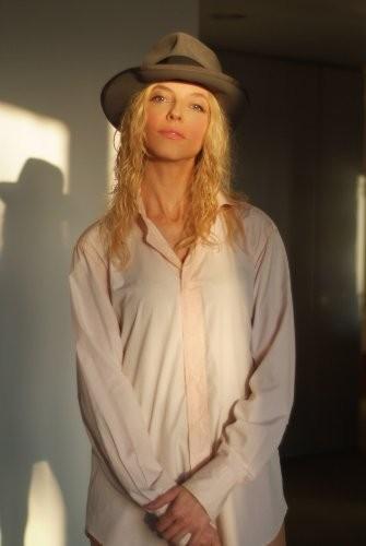 una fotografia di Juliet Landau