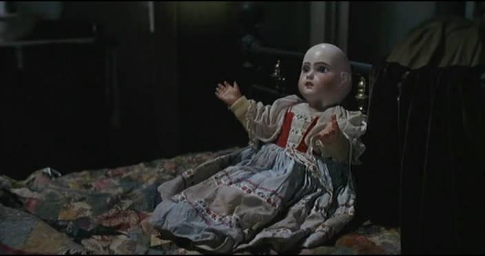 Una inquietante bambola del film Operazione paura di Mario Bava