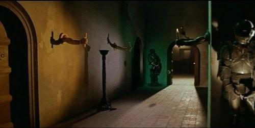 Una suggestiva scena del film horror Operazione paura