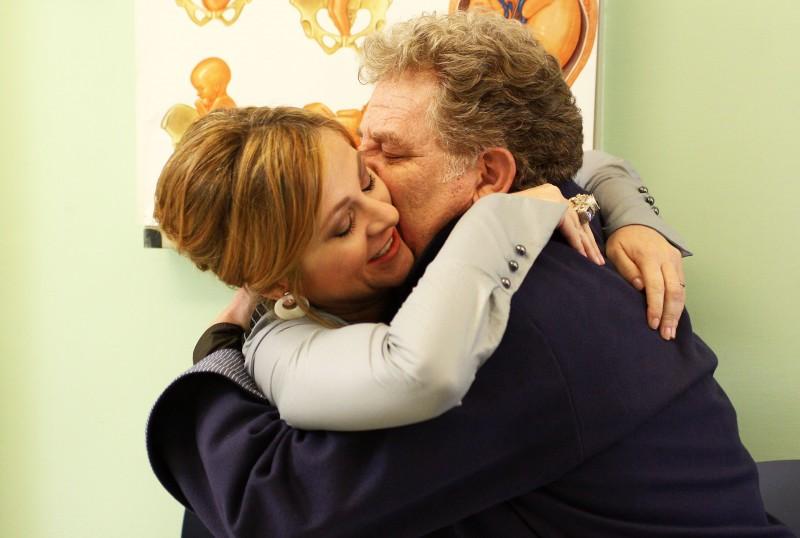 Antonello Fassari e Marina Massironi nel film TV Nemici amici