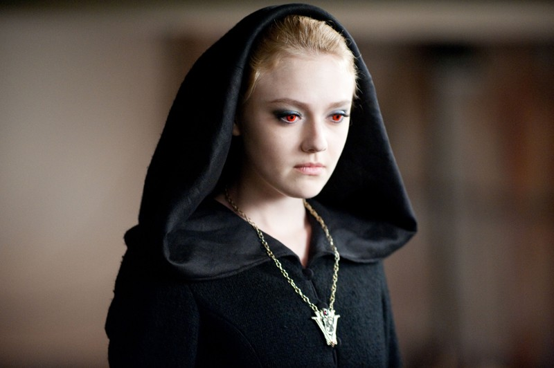 La maligna Jane (Dakota Fanning) in un momento del film The Twilight Saga: Eclipse