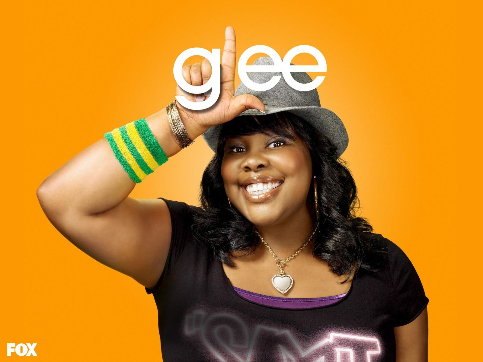 Un wallpaper di Amber Riley per la stagione 1 di Glee