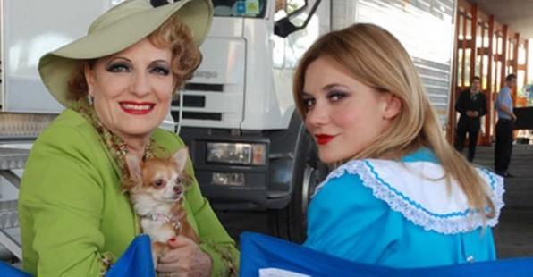 Fioretta Mari e Camilla Ferranti sul set di Alice