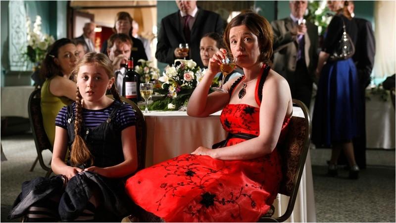 Sinead Maguire in una scena del film Indovina chi sposa Sally