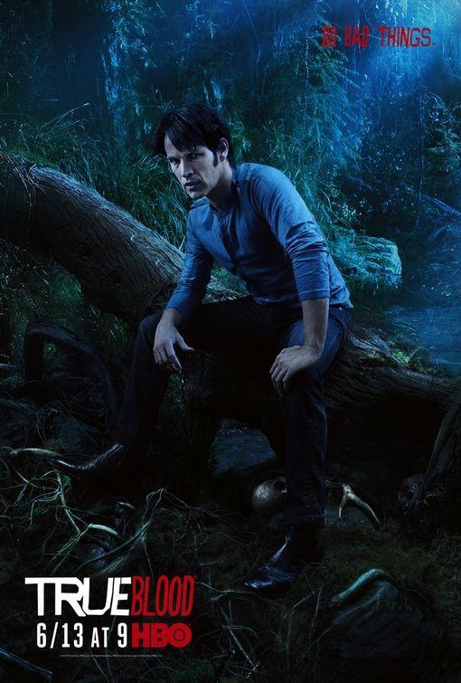 Character Poster della stagione 3 di True Blood dedicato al personaggio di Bill Compton