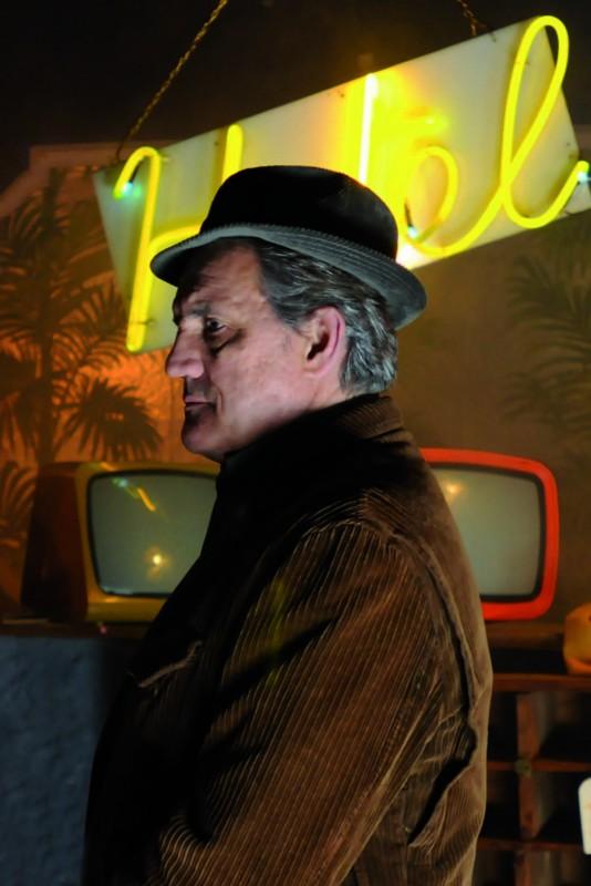 Francesco Salvi interpreta il prof. Chenier nel film Butterfly Zone - Il senso della farfalla