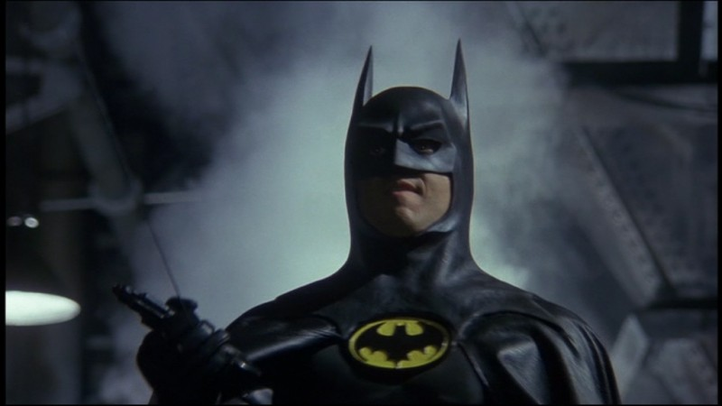 Michael Keaton in una sequenza del film Batman (1989)