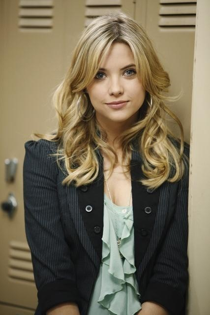 Pretty Little Liars: Ashley Benson nell'episodio The Jenna Thing