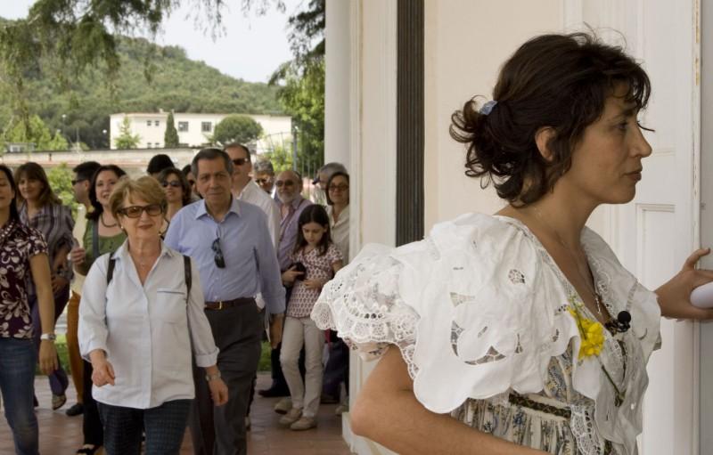 Antonella Stefanucci durante un monologo nella manifestazione Raccontami