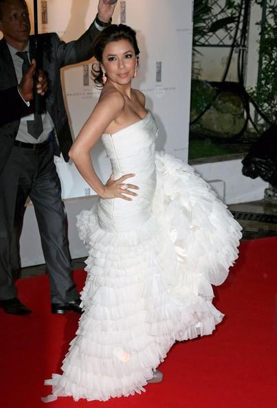 Eva Longoria strega Cannes 2010