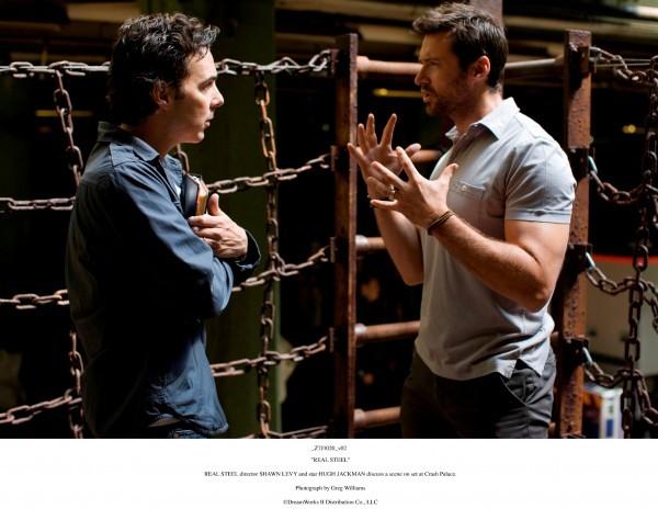 Hugh Jackman e il regista Shawn Levy sul set di Real Steel