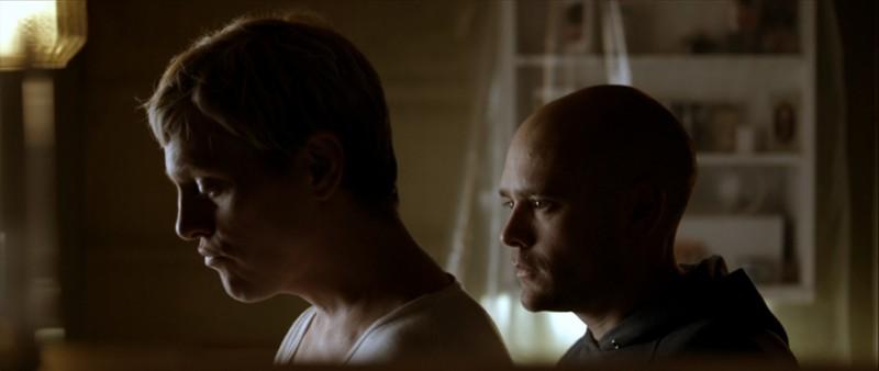 Morten Holst e David Dencik in una scena del film Brotherhood