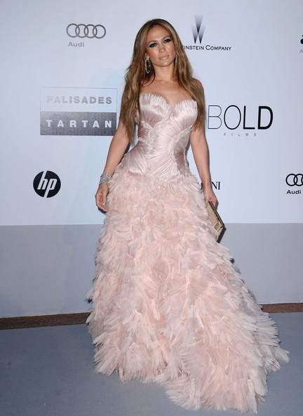 Jennifer Lopez in abito rosa