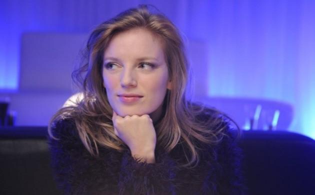 Sarah Polley è Elsa Kast nel thriller sci-fi Splice, di Vincenzo Natali