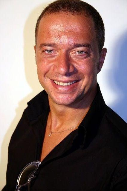 Un primo piano dell'attore Arturo Gambardella