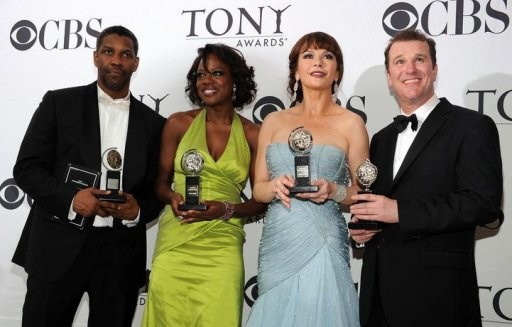 Tony Awards 2010: Denzel Washington, Viola Davis, Catherine Zeta-Jones e Douglas Hodge