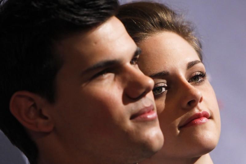 Un primo piano di Taylor Lautner e Kristen Stewart per il film The Twilight Saga: Eclipse, a Berlino 2010