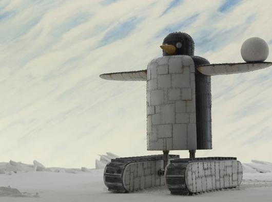 Un pinguino minaccioso nel film animato A Town Called Panic
